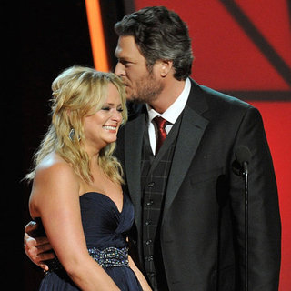 Miranda Lambert and Blake Shelton at CMAs 2012