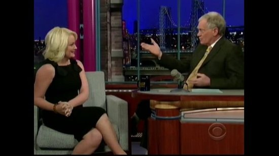 Amy Poehler Talks Flying With Kids on Letterman