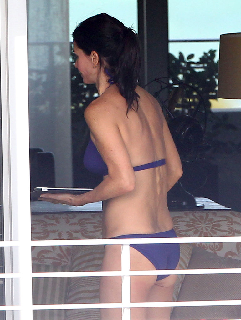Bikini-Clad Courteney Cox Fits in a Preholiday Beach Getaway With Coco