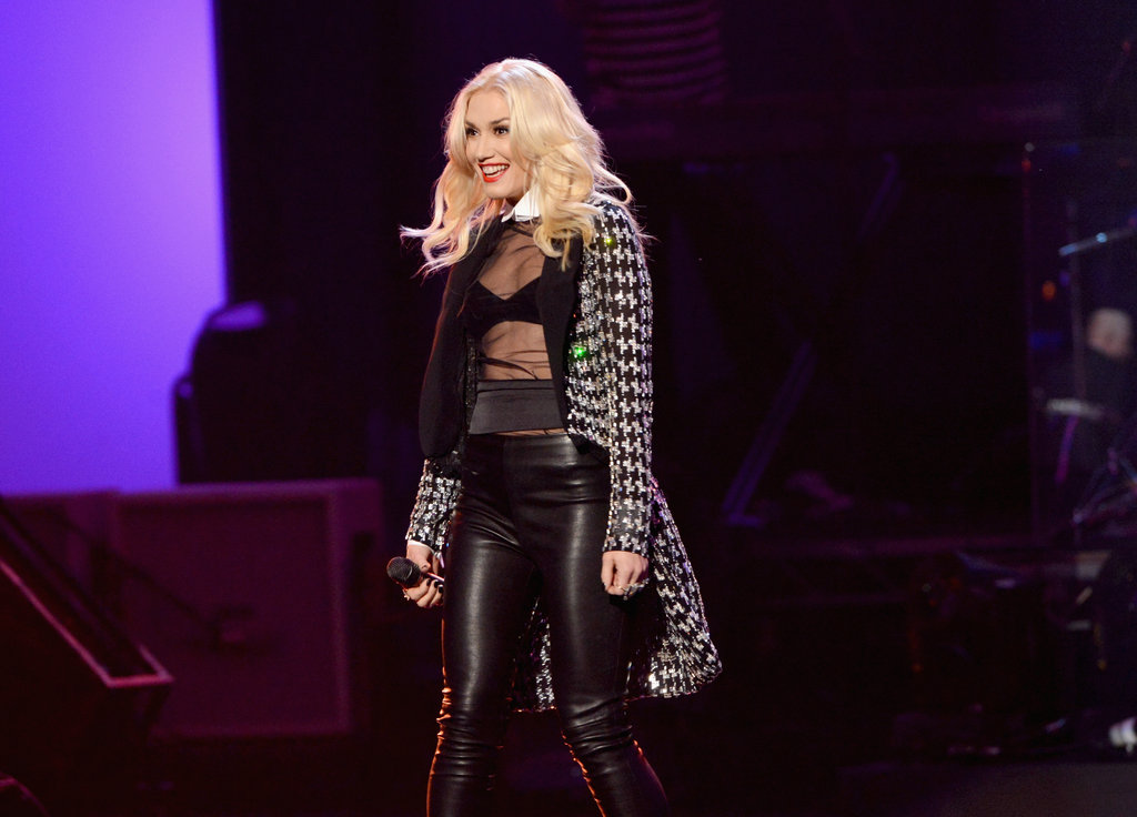 One of our favorite '90s girls, Gewn Stefani, performed with No Doubt.
