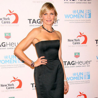 Cameron Diaz Wearing Black Strapless Dress