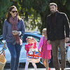 Ben Affleck and Jennifer Garner Take Daughters to Market