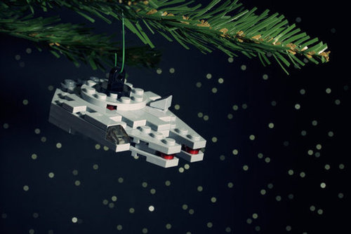 DIY Millenium Falcon Lego Ornament