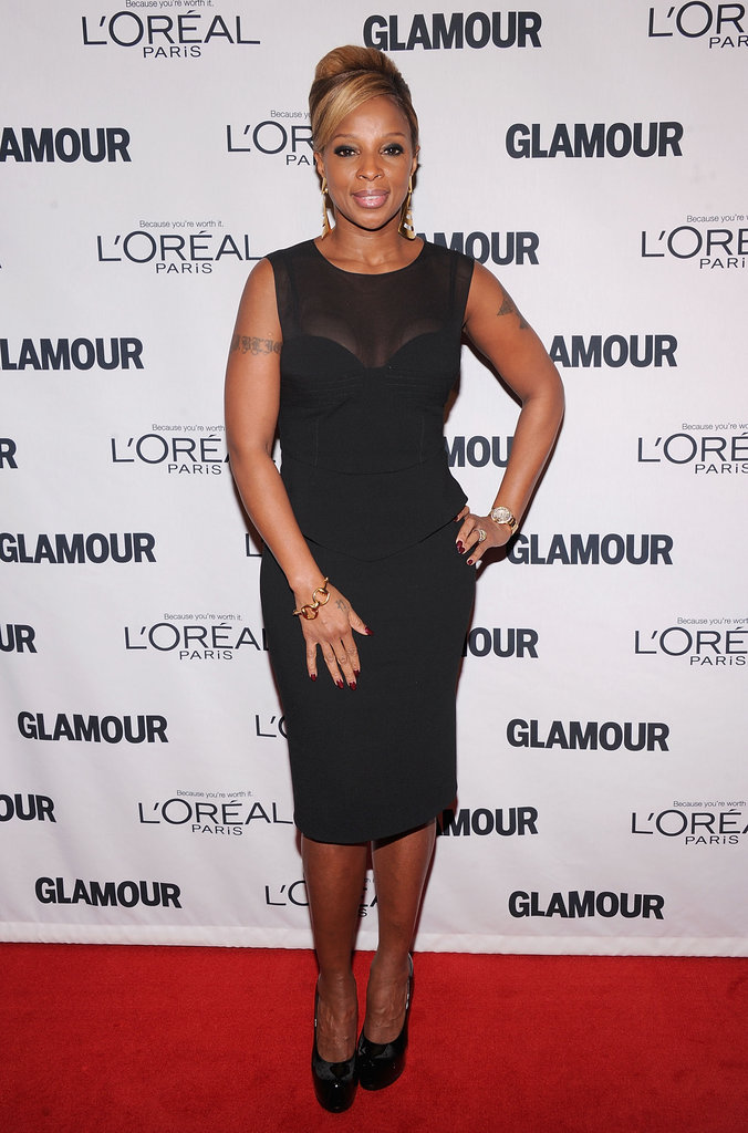 Mary J. Blige kept it sleek in a sheer-inset LBD by Emilio Pucci.