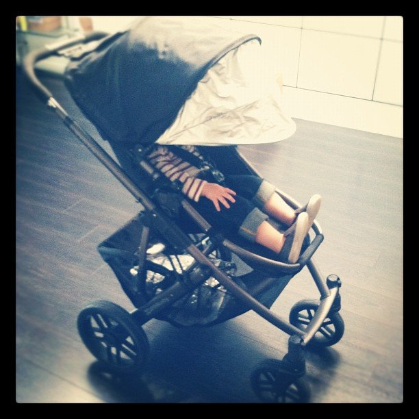 Rachel Zoe and Skyler: Uppababy Vista
