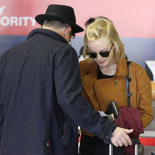 Carey Mulligan With Her Husband at LAX | Pictures
