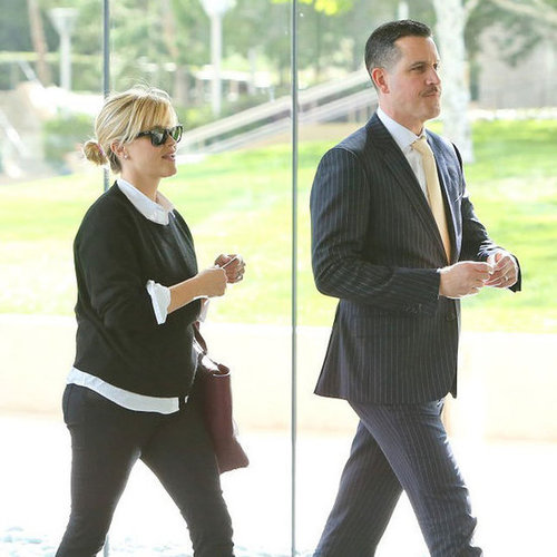 Reese Witherspoon and Jim Toth Getting Lunch | Pictures