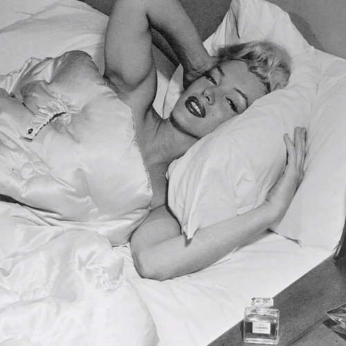 Marilyn Monroe Chanel No. 5 Legend | Video