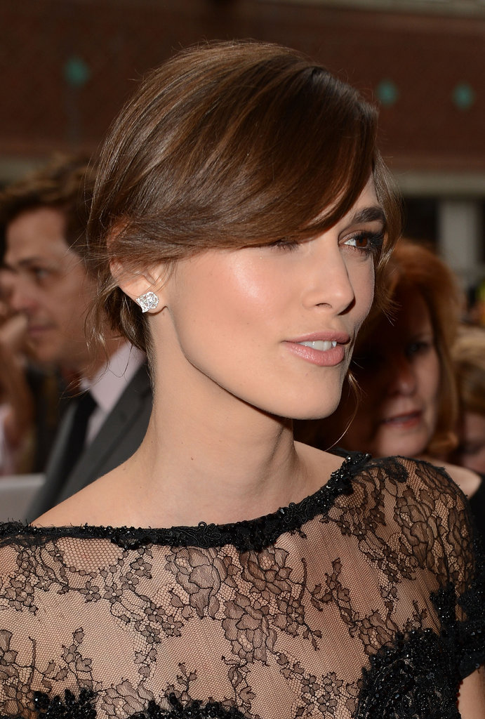A closer glimpse of the delicate lace on the actress's Elie Saab gown.