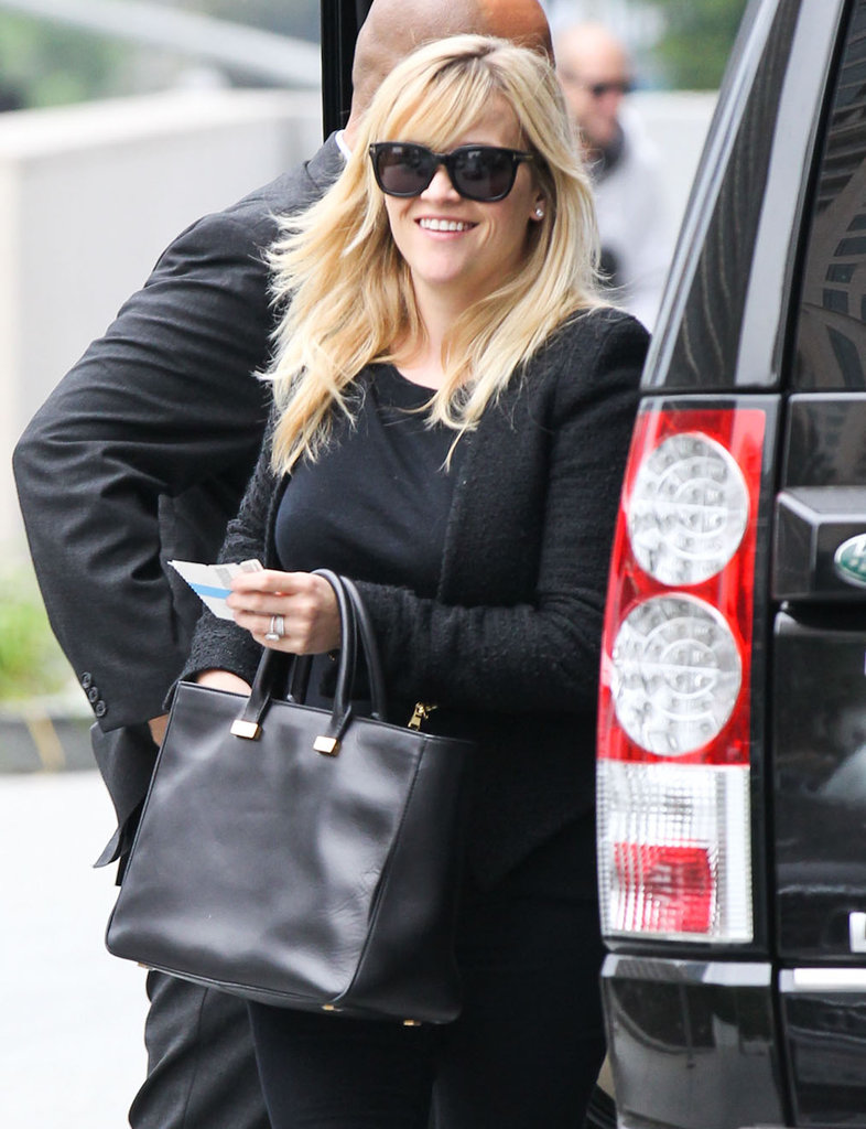 Reese Witherspoon wore all black.