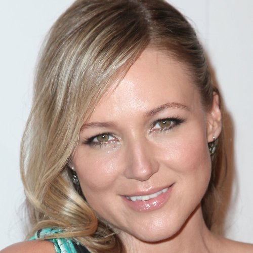 Jewel Talks About Motherhood