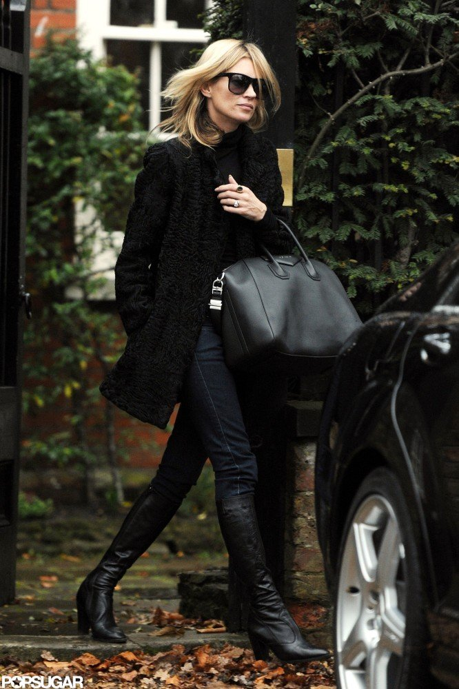 Kate Moss made her way to her car.
