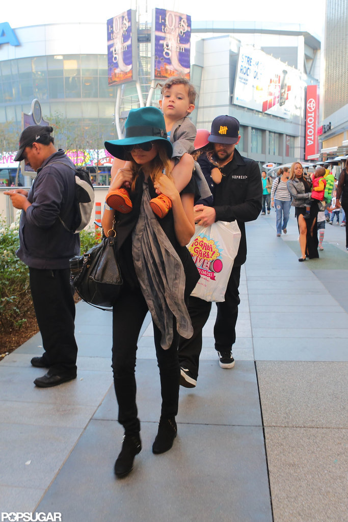 Nicole Richie had Sparrow Madden on her shoulders while Joel Madden carried Harlow to the Yo Gabba Gabba show in LA.