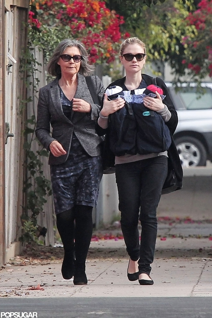 Anna Paquin hung out with her mom in LA.