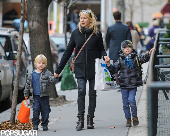 Sasha Schreiber and Kai Schreiber helped their mom, Naomi Watts, tote some shopping bags.