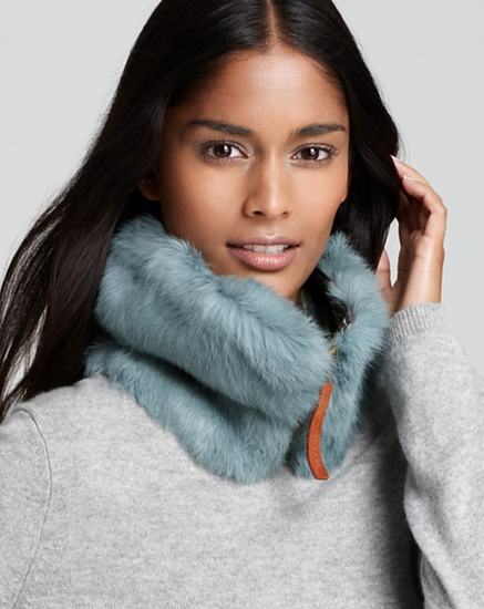 Help your sis keep her neck warm (and stylish) with this Catherine Perra rabbit-fur zip-front collar ($119, originally $140). Bonus: it comes in five colors!