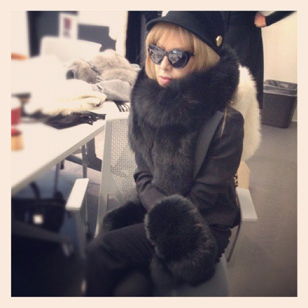Rachel Zoe bundled up during a meeting. Source: Instagram user rachelzoe
