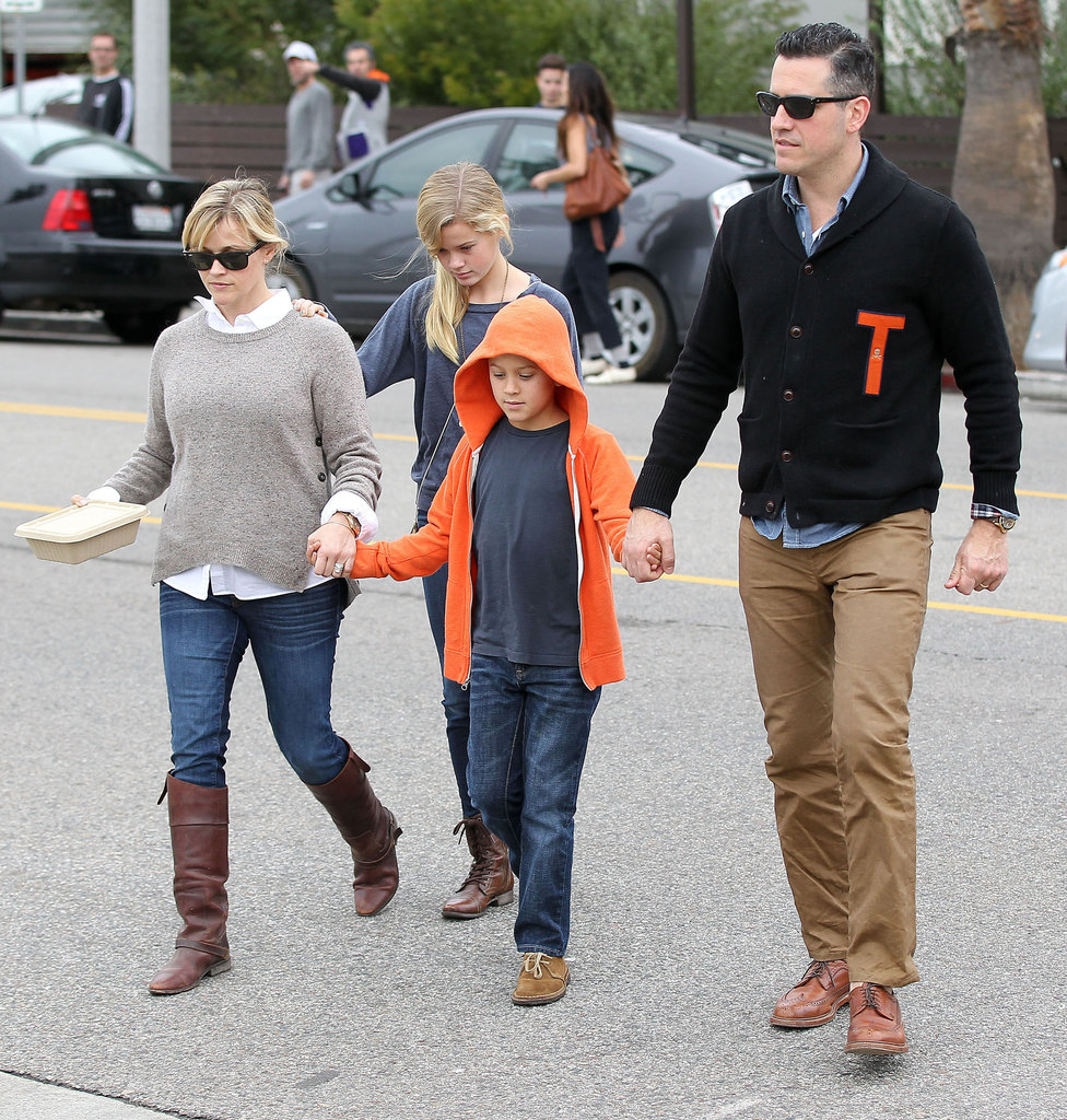 reese witherspoon at breakfast with her husband and kids