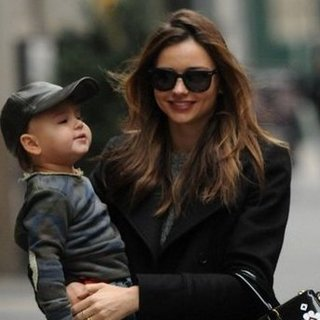 Miranda Kerr Talks About Flynn's Piano Talent