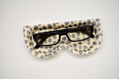 DOTTIE CLOUD EYEGLASS TRAY