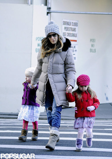 Sarah Jessica Parker held hands with the twins while crossing the street.