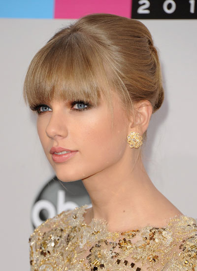 November 2012: 40th American Music Awards