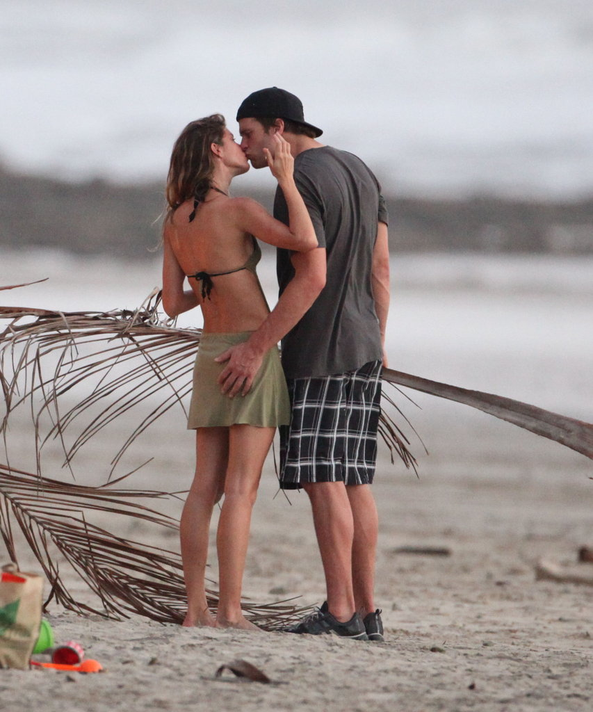 Gisele Bündchen and Tom Brady kissed as they celebrated their third wedding anniversary in February with a trip to Costa Rica.