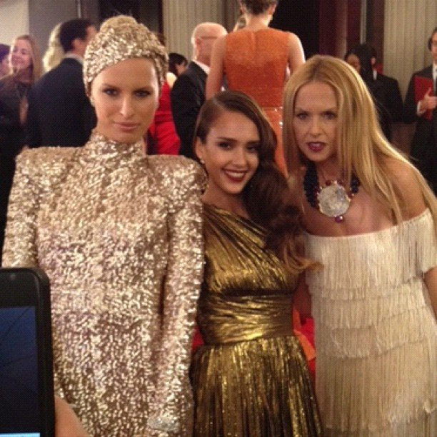 We captured Karolina Kurkova, Jessica Alba, and Rachel Zoe posing for a bank of photographers, and us, before ascending the stairs at this year's Met Gala.