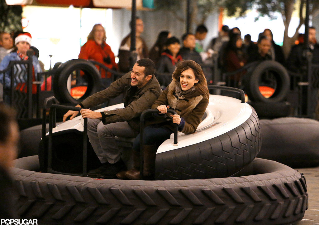Jessica Alba played on the rides with a friend.