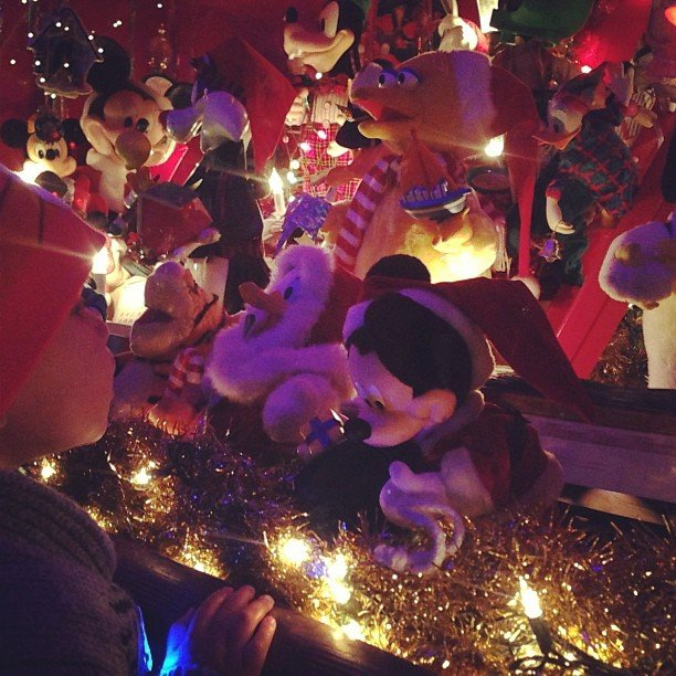 Alicia Keys's son, Egypt, admired the Mickey-themed Christmas decorations at their home. Source: Instagram user aliciakeys