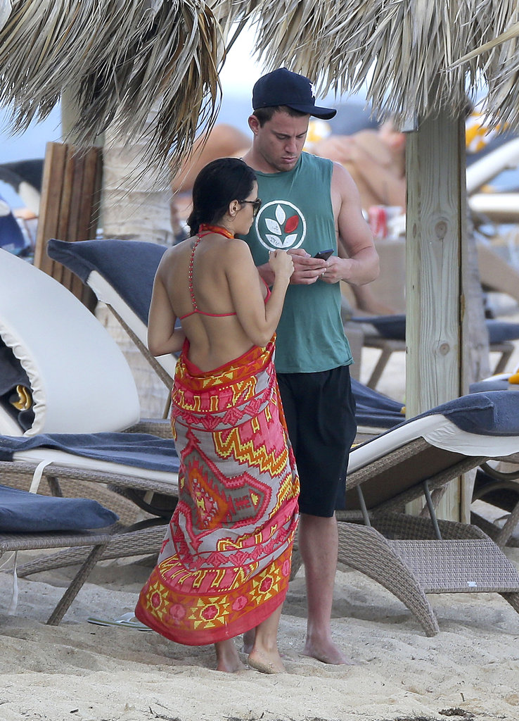 Jenna Dewan and Channing Tatum checked out his phone.