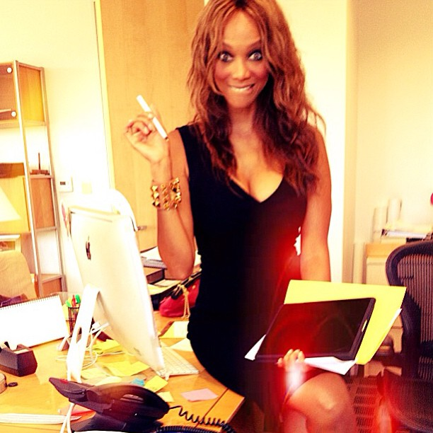 Tyra Banks took photos during a work break. Source: Instagram user tyrabanks