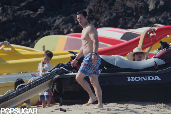 Mark Wahlberg walked the beach in Hawaii solo.