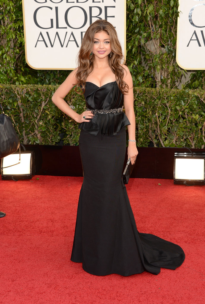 Sarah Hyland flaunted her beautiful figure in a black dress.