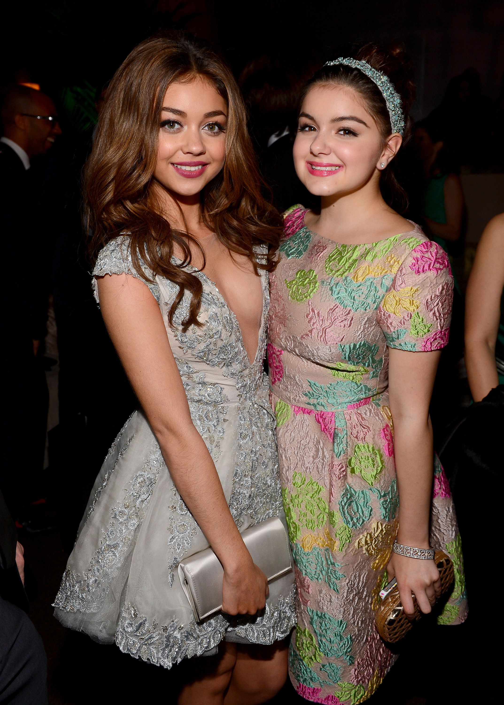 Modern Family's Ariel Winter and Sarah Hyland hung out inside Fox's Golden Globes party.