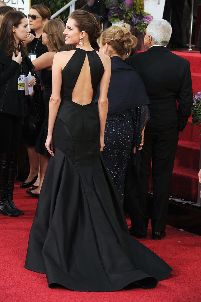 Girls star Allison Williams posed in a black gown for the 2013 Golden Globes carpet.