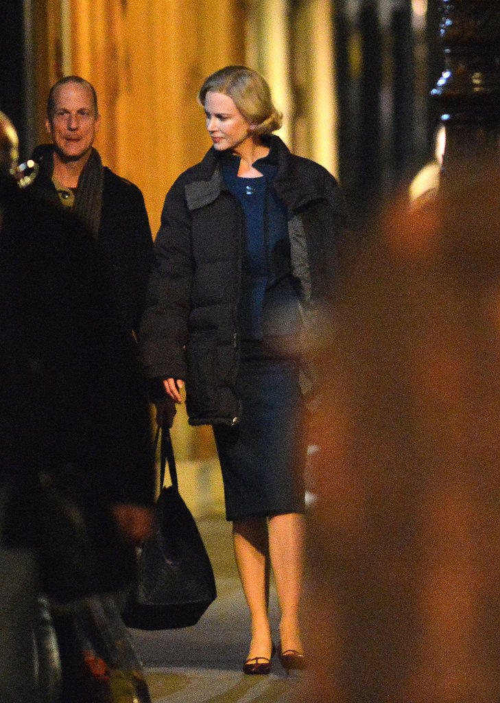 Nicole Kidman walked to set.