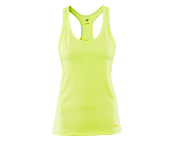 Sports top ($15) from H&M Sports collection.
