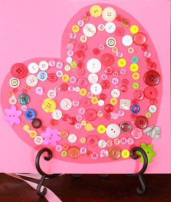 Button-Covered Heart Valentine