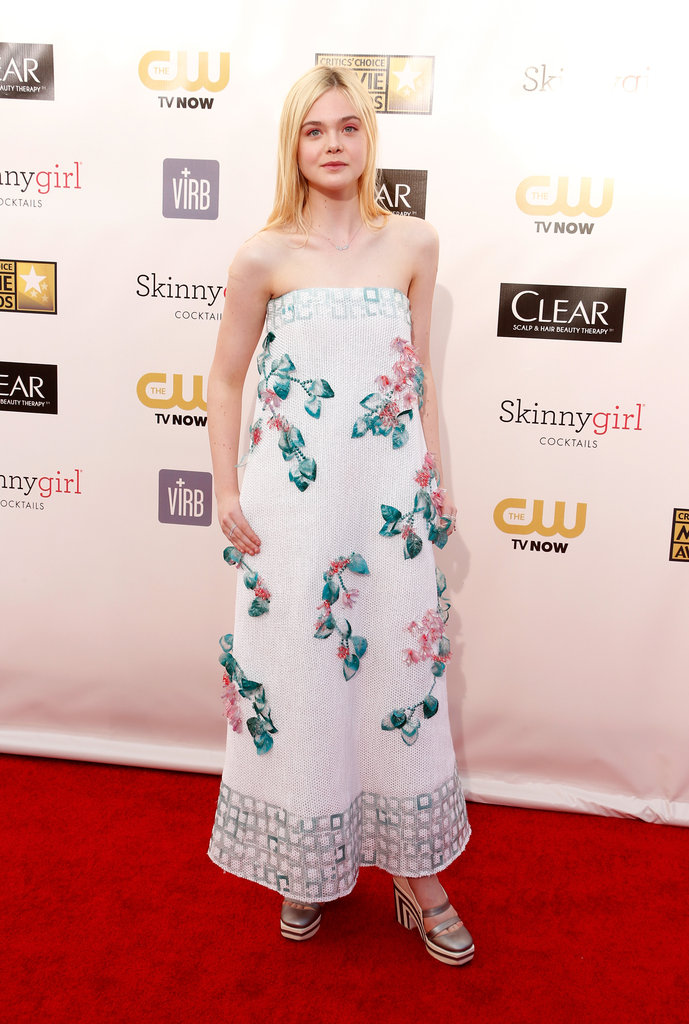 Elle Fanning Dazzles at 2013 Critics' Choice Awards