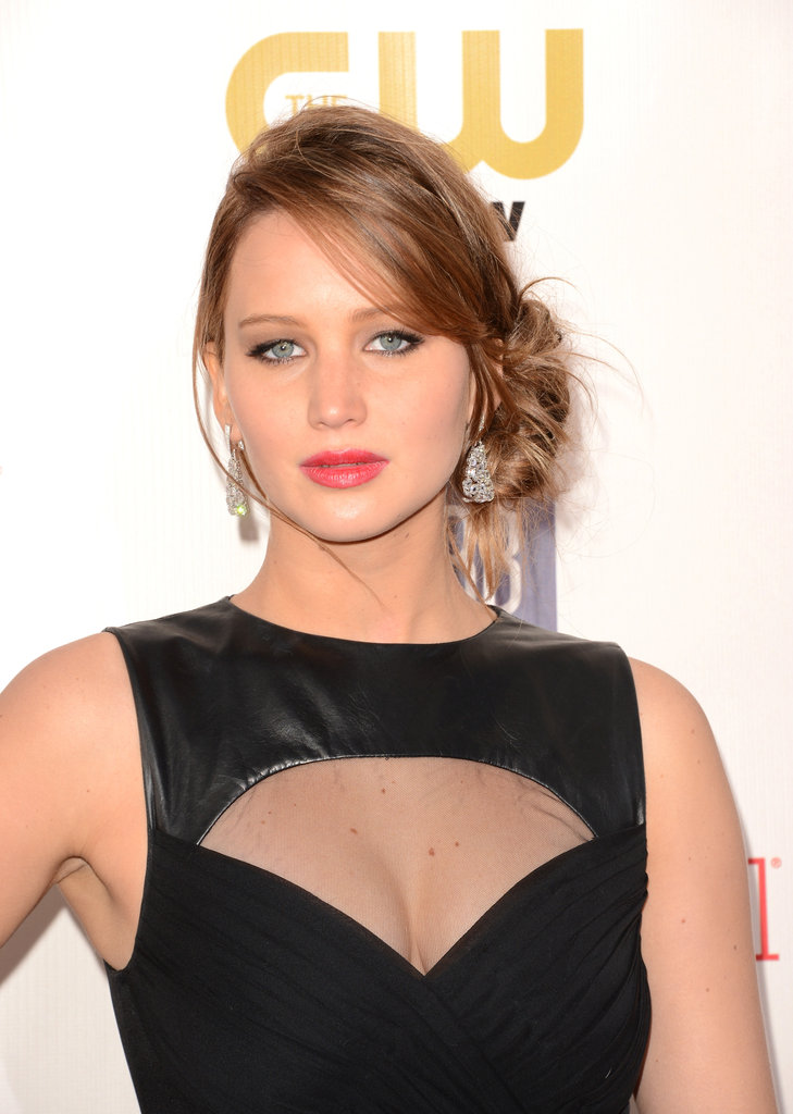 Jennifer Lawrence wore a Prabal Gurung look to the Critics' Choice Awards.