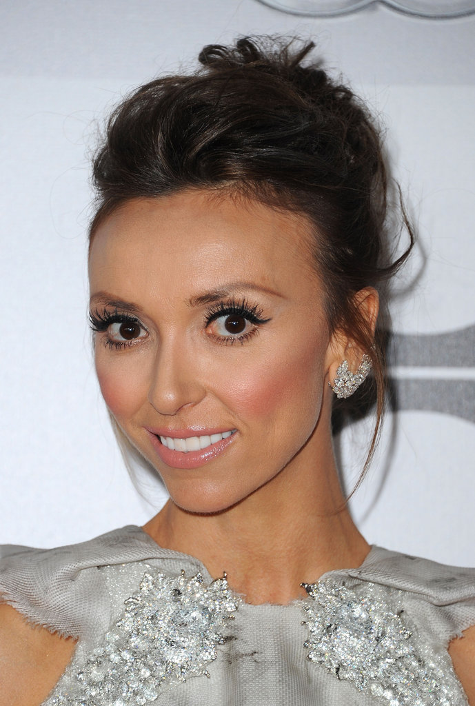 Giuliana Rancic wore her hair up.