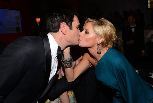 Modern Family costars Ty Burrell and Julie Bowen shared a moment together at a Golden Globes after party.