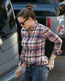 Jennifer Garner wore a plaid shirt.