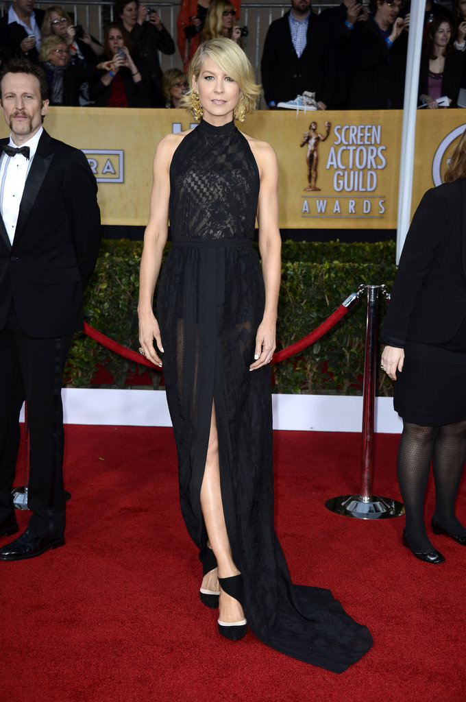 Jenna Elfman stepped out for the SAG Awards.