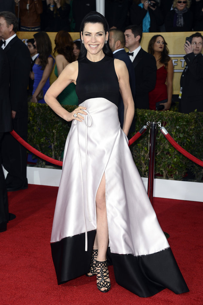 Julianna Margulies was all smiles working a black-and-white Chado Ralph Rucci colorblocked gown with cage Christian Louboutin sandals and sleek locks.
