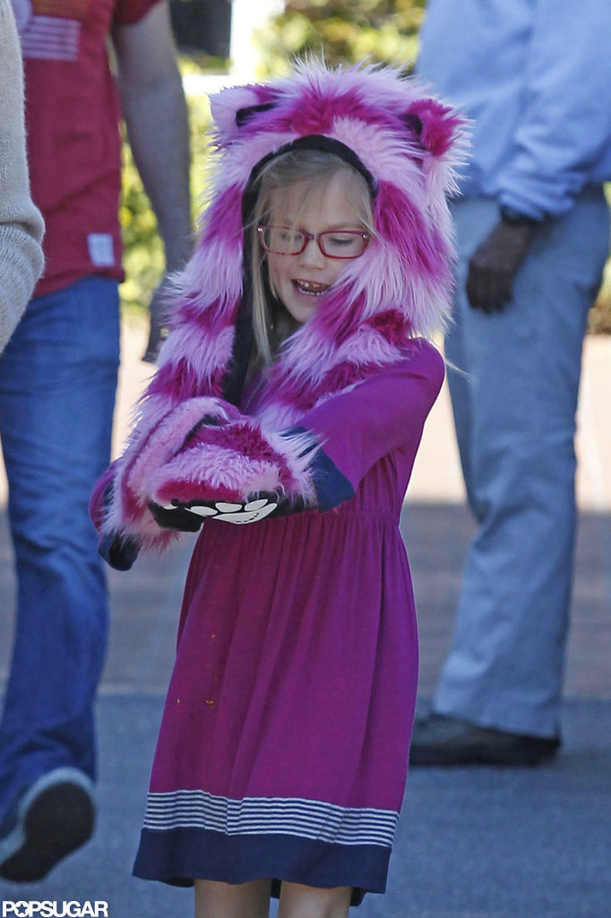 Violet smiled with her fuzzy animal hat during afternoon errands with her mom, Jennifer Garner.
