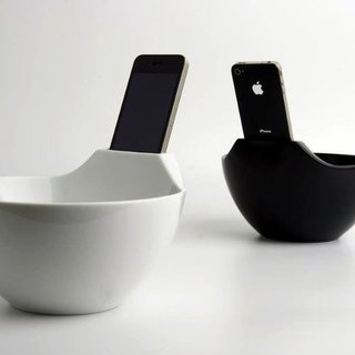 Ramen Bowl With iPhone Dock