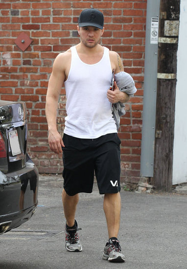 Ryan Phillippe Shows Off His Fit Physique on an LA Gym Day