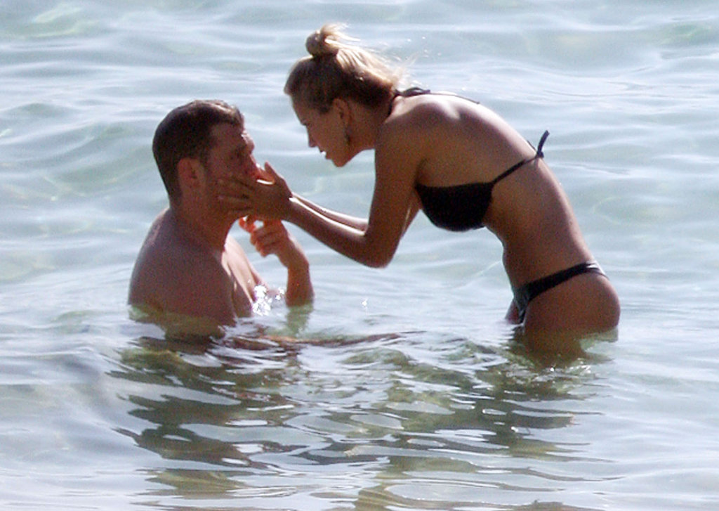 Michael Bublé and Luisana Lopilato hit the water while vacationing in Australia in March 2011.